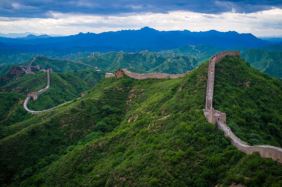 2014-01-31-800pxThe_Great_Wall_of_China_at_Jinshanling.jpg