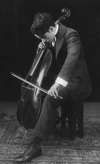 2014-02-03-Chaplin__cello.jpg