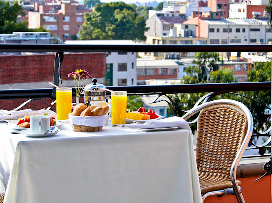 2014-02-03-TerraceBreakfast.jpg