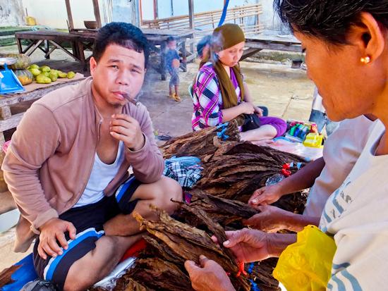 2014-02-10-TobaccoSeller.jpg