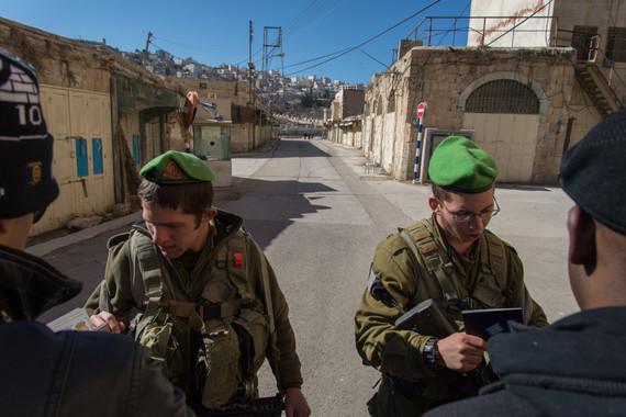 2014-02-10-checkpointhebron1.jpg