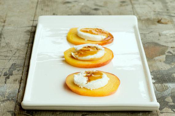 2014-02-11-PeachesMadeFancysmaller.jpg