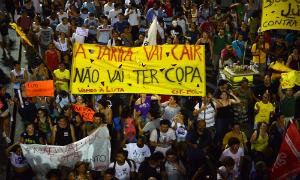 2014-02-19-BRAZILPROTESTS_originalnataliaviana.jpg