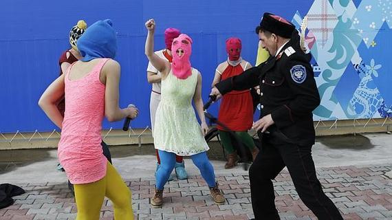 2014-02-21-pussyriotprotest.jpg