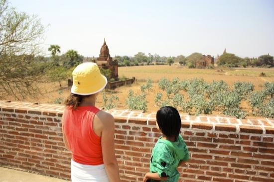 Bagan tour guide