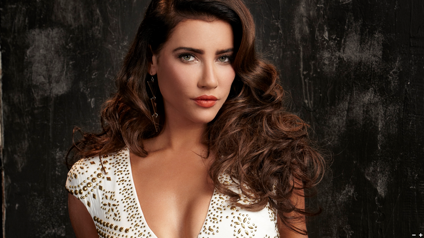 jacqueline macinnes wood married