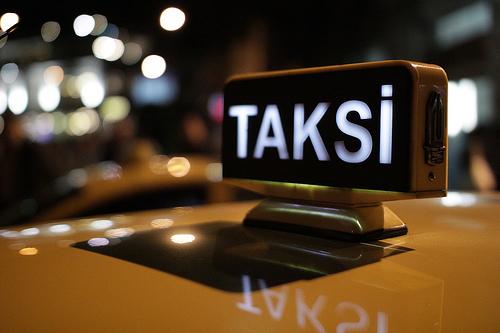 2014-03-03-IstanbulTaxi.jpg