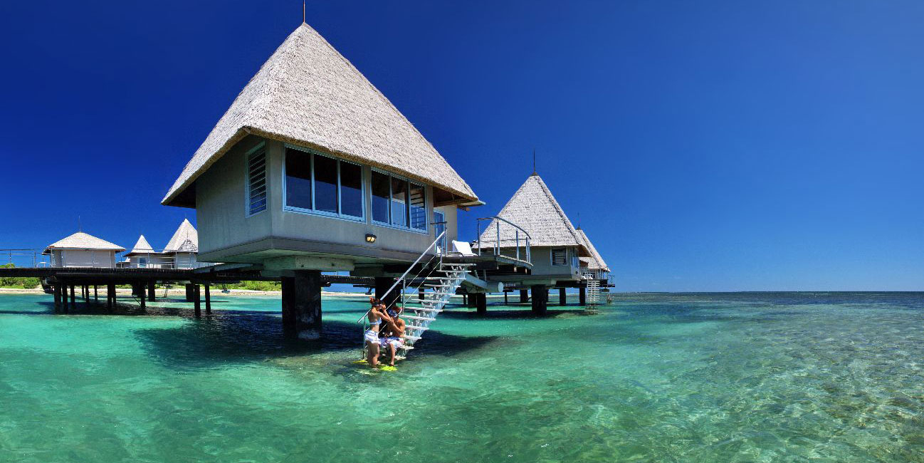 The World 39 S Best Overwater Bungalows Outside Tahiti