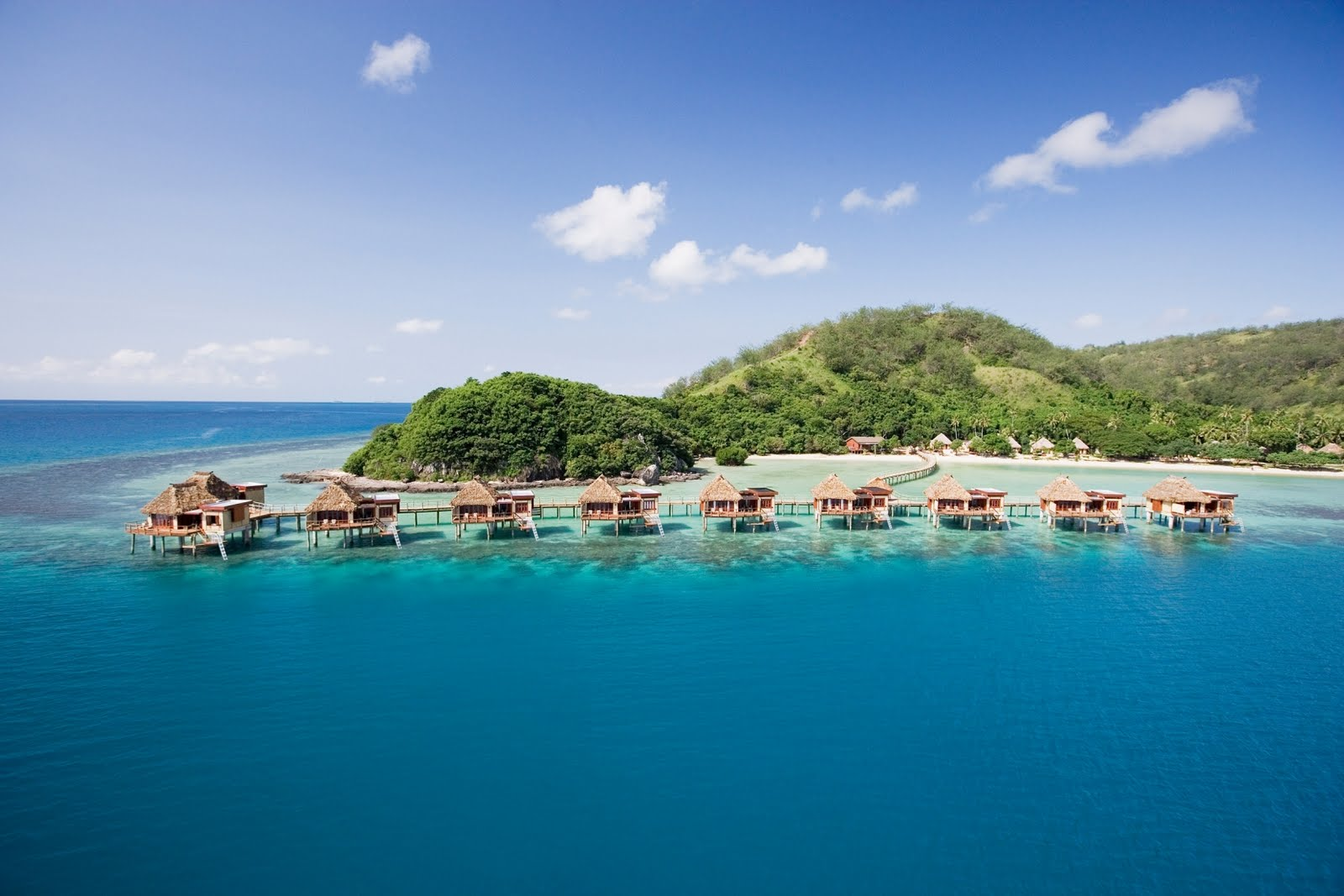 The World's Best Overwater Bungalows... Outside Tahiti