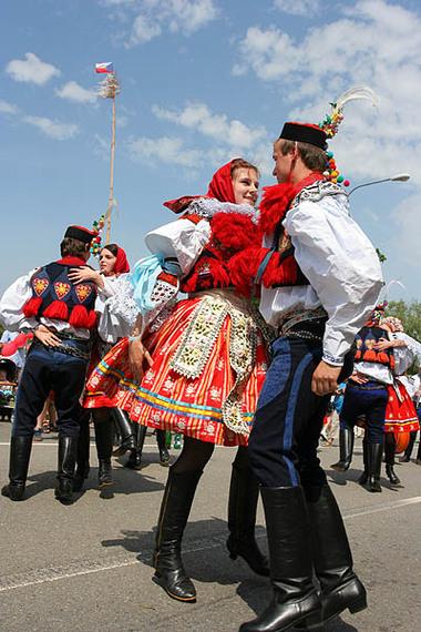 2014-03-07-Moravian_Slovak_Costumes_during_Jizda_Kralu.jpg