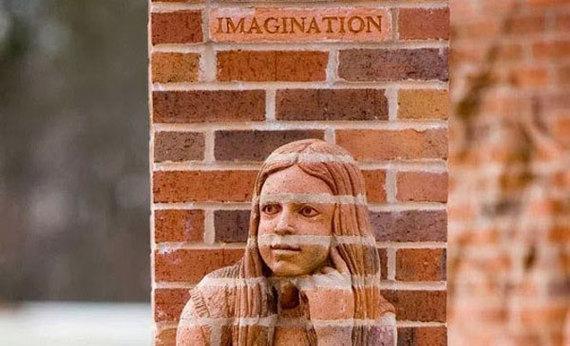 2014-03-07-brickbybricksculptures.jpg