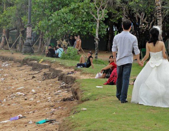 2014-03-08-Balibeachweddingpic800x620.jpg