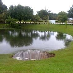 2014-03-08-Sinkholes.jpg
