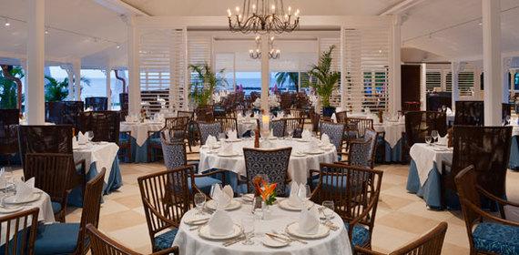 2014-03-10-TheBodyHolidayCariblueRestaurant575.jpg