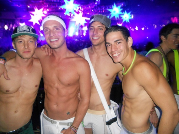2014-03-12-2013WHITEPARTYPHOTOS.PHOTOCREDITPHILLOBEL2.jpg