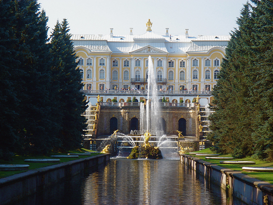 2014-03-15-PeterhofPalace_550.jpg