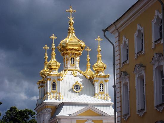 2014-03-15-Peterhof_golden_spire._550.jpg