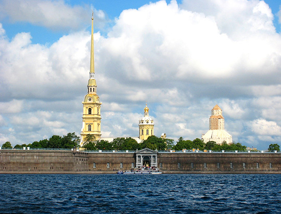2014-03-15-St._Petersburg_harbor_550.jpg