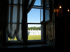2014-03-16-Window_of_cloakroom_at_Catherines_Palace_225.jpg