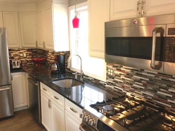 10 stylish kitchen updates that won 39 t break the bank huffpost. Black Bedroom Furniture Sets. Home Design Ideas