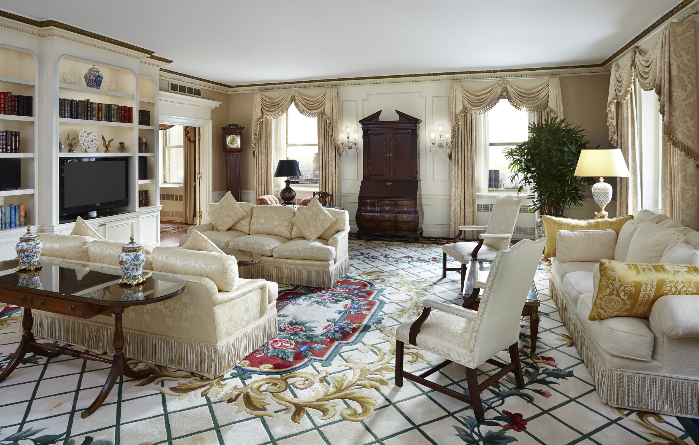 The Waldorf Introduces Suite Specialists Huffpost