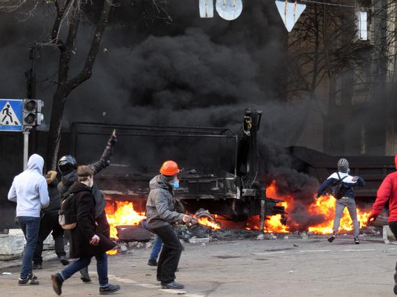 2014-04-02-Euromaidan_Kiev_20140218_1508.JPG