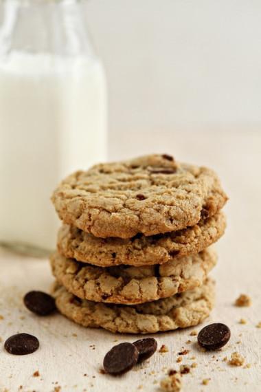 2014-04-02-toffeealmondcookiesphoto.jpg