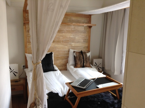 2014-04-03-Hotelroom.JPG