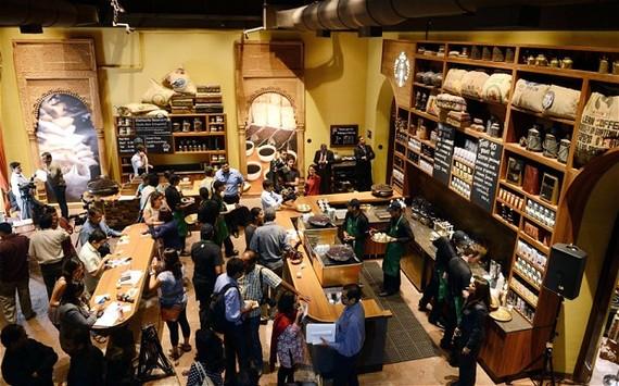 2014-04-04-StarbucksMumbai.jpg