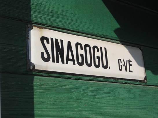 2014-04-07-sinagogusmall.jpg