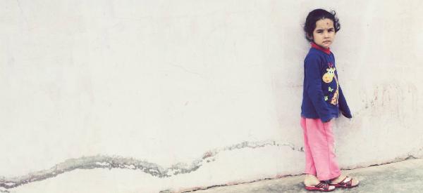 2014-04-07-syria_child_border.jpg