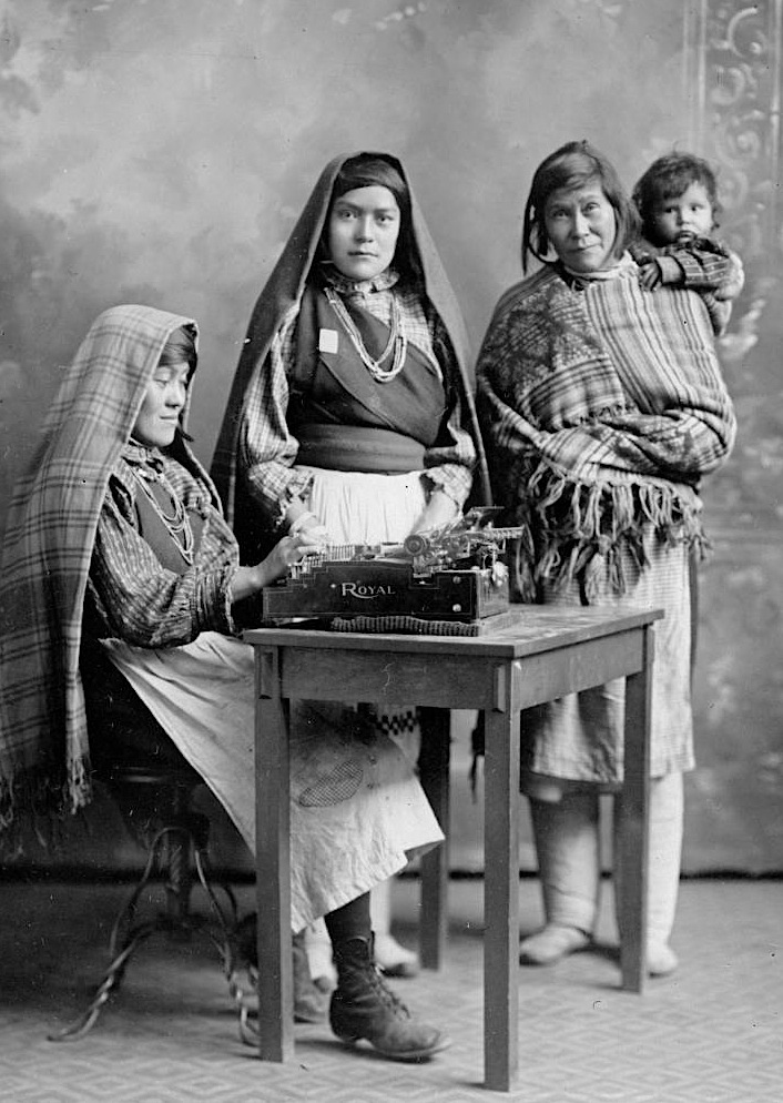 pueblo of acoma girls Free genealogy » indians in the 1890 census » acoma pueblo acoma pueblo updated: june 24,  the boys were playing some sort of acoma tag, and the girls mostly .