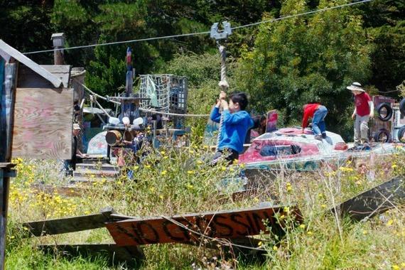 2014-04-11-AdventurePlayground_Berkeleyy_FCC_jar.jpg