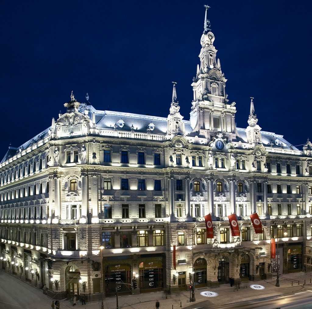 The grand hotels of budapest for Hotel budapest