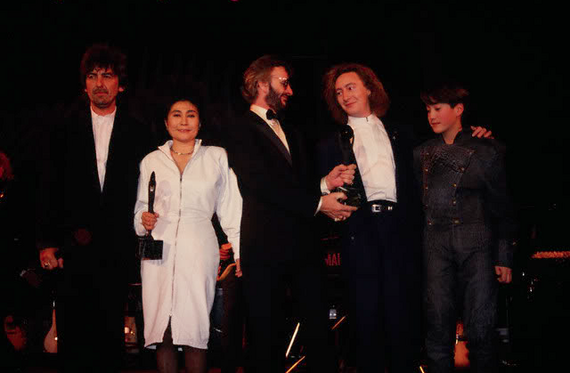 2014-04-15-the_beatles_rock_and_roll_hall_of_fame_induction.png