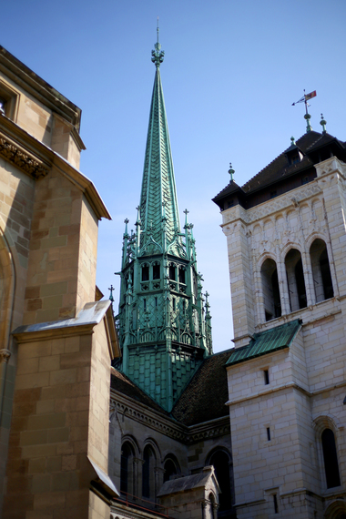 2014-04-16-Cathedralesaintpierre.JPG