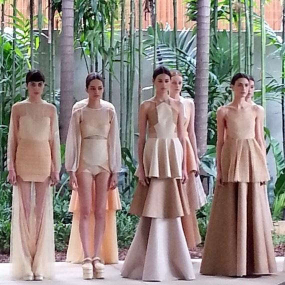2014-04-20-PaulaRaiaSpringSummer201415SS15Womenswear_TheStyleExaminer_cJoaoPauloNunes1.jpg