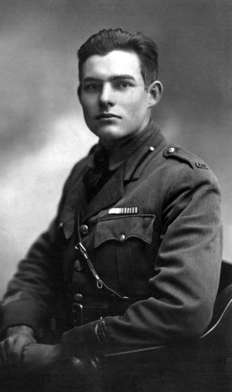 2014-04-24-Ernest_Hemingway_in_Milan_1918_retouched_3_Wikimedia.jpg