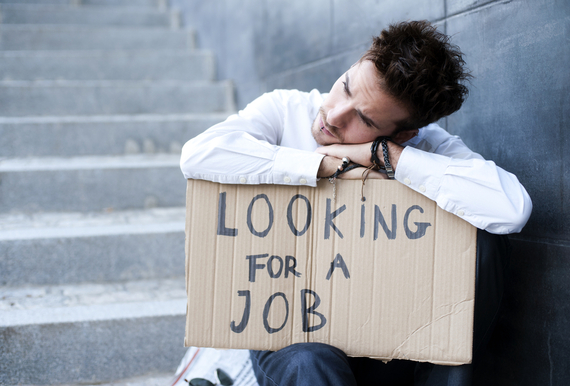 2014-04-29-looking_for_job_man.jpg