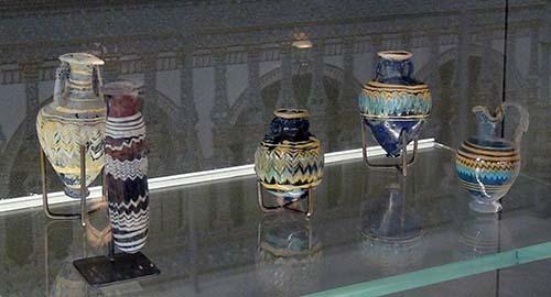 2014-05-04-65B.C.CarthaginianpolychromeglassvasesAbuFadil.jpg