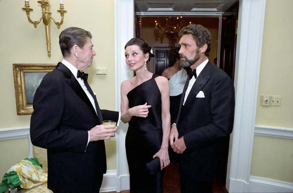 2014-05-04-Audrey_Hepburn_and_Ronald_Reagan.jpg