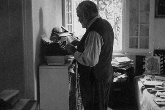 2014-05-07-Hemingwaywriting1.jpeg