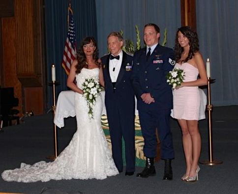 2014-05-11-Wedding484x395.jpg