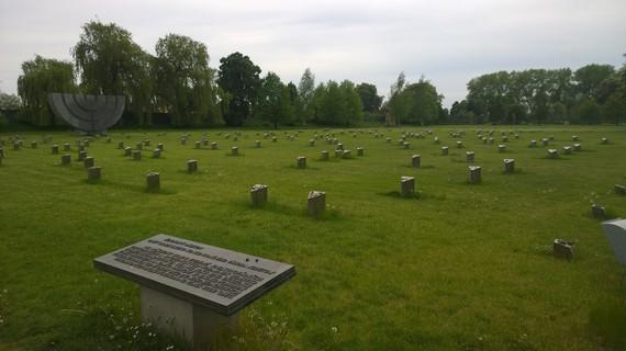 2014-05-12-Graves.jpg