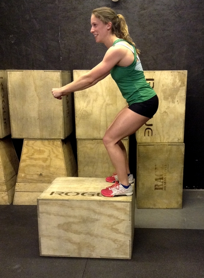 2014-05-12-TraditionalBoxJumpLandingPositionPriortoStandingtoExtension.JPG