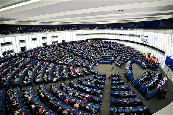 2014-05-12-hemicycle.jpg