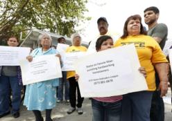 2014-05-13-Coronelfamilyprotesting.png