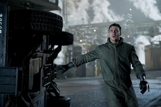2014-05-16-GodzillaAaronTaylorJohnson.jpg