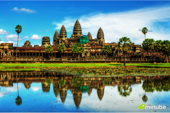 2014-05-20-AngkorWatNatashiBasso.jpg