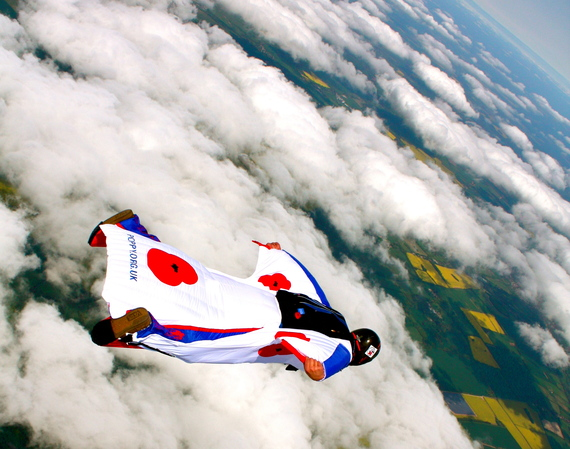 2014-05-23-Poppy_Wingsuit_Cruise.jpg